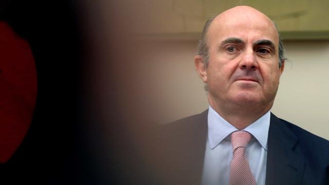 BCE: Luis de Guindos candidato a substituir Vítor Constâncio