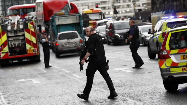 Rosto de atacante de Londres divulgado pela polícia