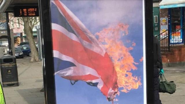 Posters com a bandeira do Reino Unido a arder aparecem em Londres