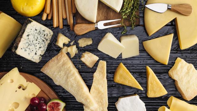 Comer queijo diariamente ajuda a prevenir enfartes