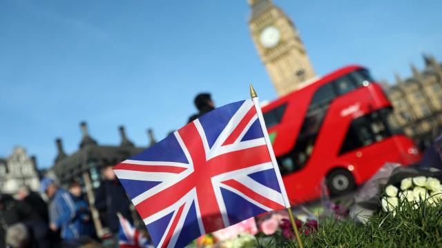 Atentado: Líderes religiosos oficiam cerimónia em Westminster