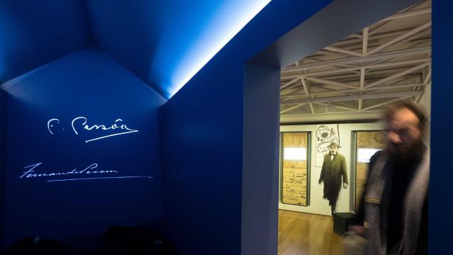 Casa Fernando Pessoa faz tertúlia sobre o amor