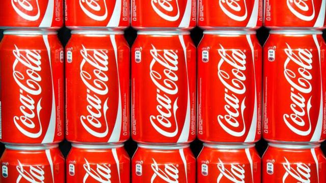 Coca-Cola prepara-se para entrar no mercado das bebidas à base de canábis