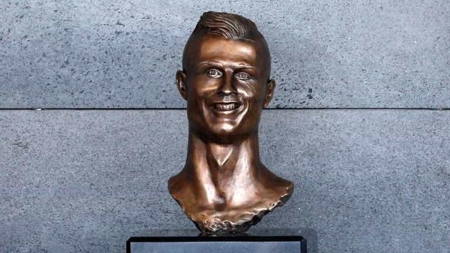 Escultor do busto de Ronaldo eleito presidente da junta do Caniçal