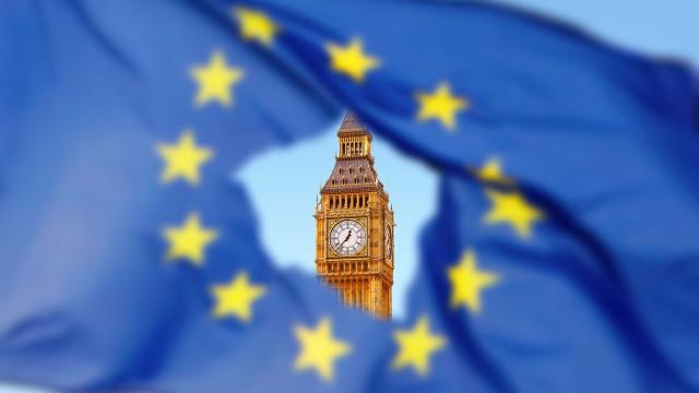 Brexit sem acordo custa meio milhão de empregos a Londres