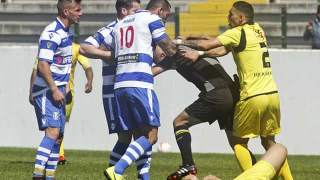 Ministério Público acusa jogador do Canelas de agredir árbitro