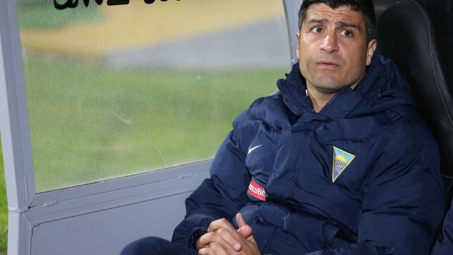 Oficial: Pedro Emanuel deixa comando técnico do Estoril