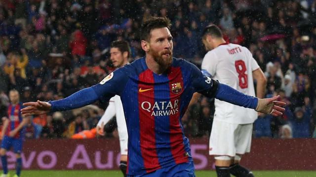 Messi fecha contrato milionário com o Barcelona depois da lua-de-mel