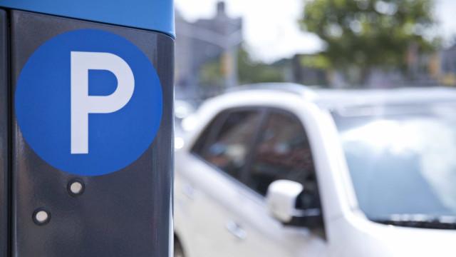 Partidos políticos deixam de estar isentos de pagar estacionamento