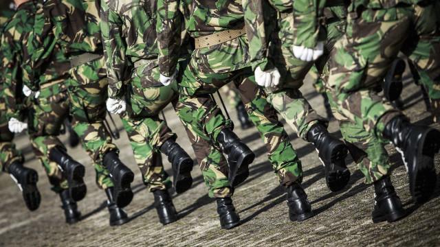 """Comando que morreu após acidente com arma recebeu """"ameaça de um colega"""""""