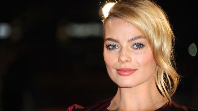 Margot Robbie irreconhecível em nova personagem