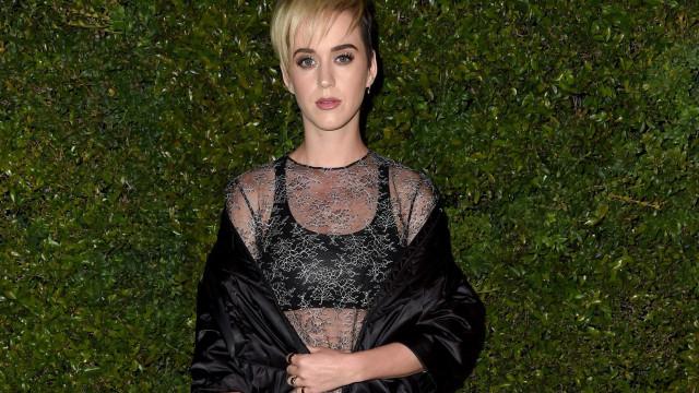 """Katy Perry critica Donald Trump. """"Sem coração"""""""