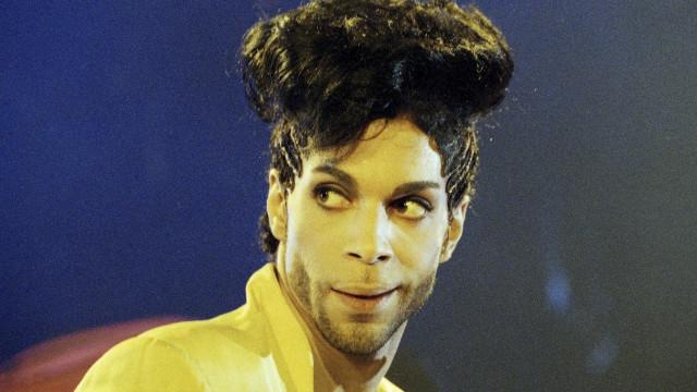 Pantone cria tom de roxo em homenagem a Prince
