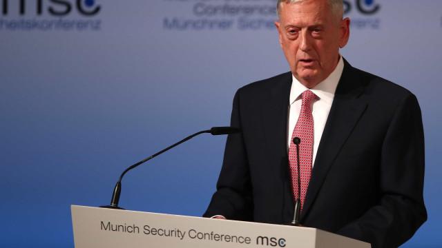"""Presença de militares na fronteira com México é """"bom treino"""" para guerra"""