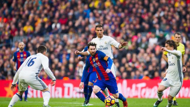 Barcelona rejeita 'desafio' de CR7 e não faz guarda de honra