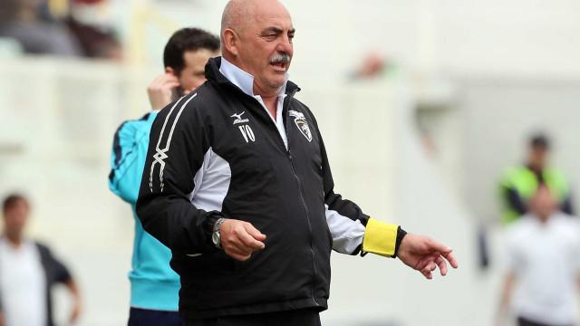 Portimonense perde com Sheffield Wednesday de Carlos Carvalhal