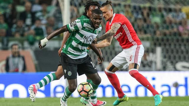 William Carvalho lesionado a 24 horas da visita a Guimarães