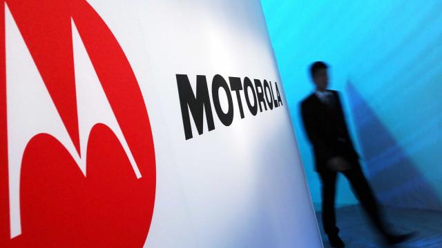 Patente sugere que a Motorola também pretende lançar smartphone dobrável