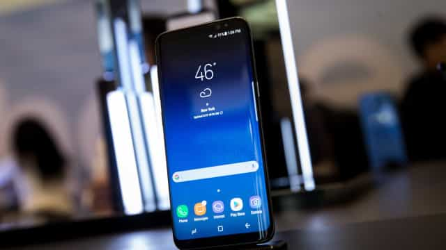 A Samsung lançou (finalmente) o assistente digital do Galaxy S8