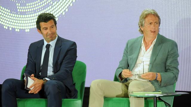 Os motivos da 'visita' de Luís Figo em Alvalade em semana de crise
