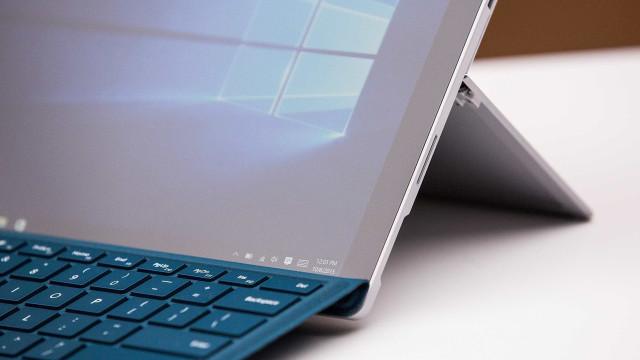 Microsoft prestes a anunciar Surface mais barato?