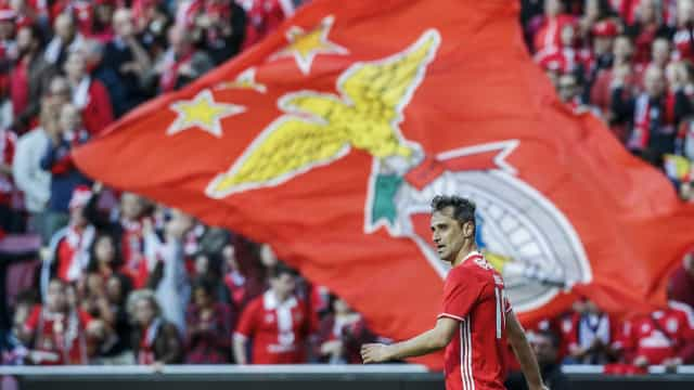 Benfica sofre goleada na Suíça