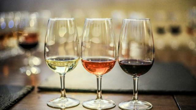 Portugueses ganham 'ouro' em concurso internacional de vinhos orgânicos