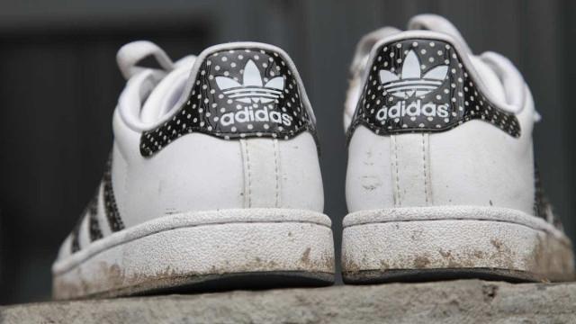 Lucro da alemã Adidas cai 4,4% no 1.º semestre