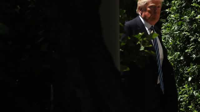 Trump afirma que não gravou nem possui gravações de conversas com Comey