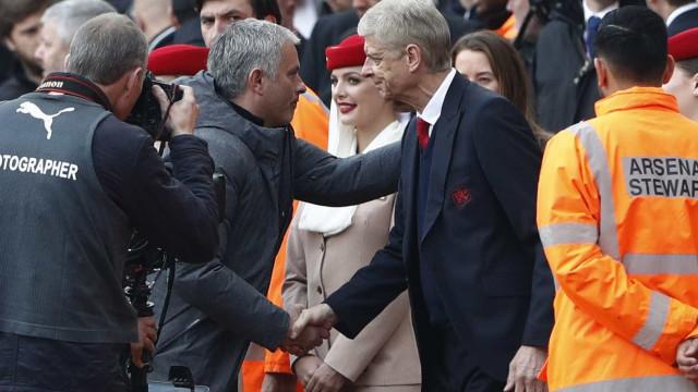 Wenger questiona forma como Mourinho chegou à Liga dos Campeões