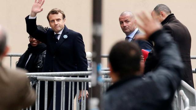 Macron deixou liderança do movimento La République em Marche