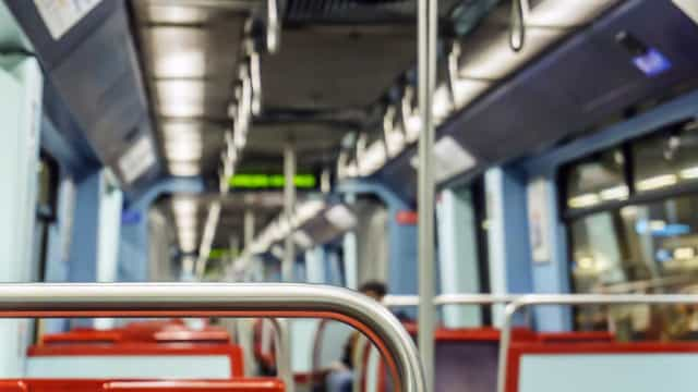 Depois de interrupção, circulação na Linha Azul do Metro retomada
