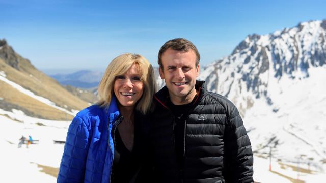 Macron responde aos que duvidam do seu amor pela mulher