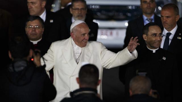 Papa partilha com fiéis momentos vividos em Fátima