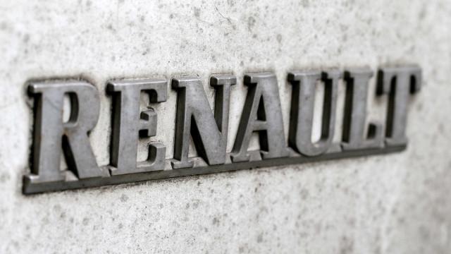 Renault assina parceria com Irão para a produção anual de 150.000 carros