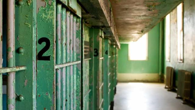 Nebrasca retoma execuções agora com mistura inédita de medicamentos