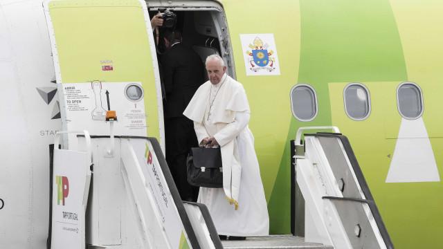 Avião do Papa já aterrou em Roma