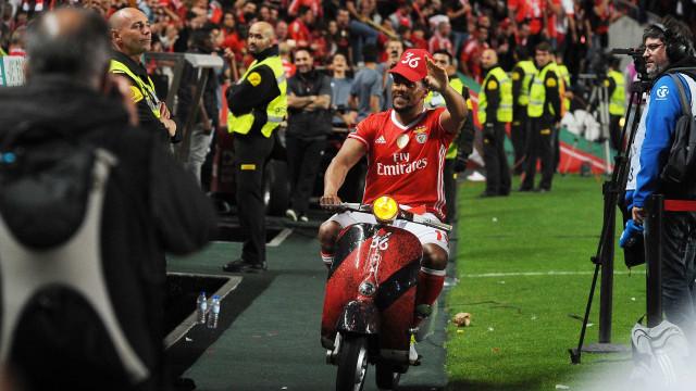 Está tudo pronto para Eliseu renovar com o Benfica