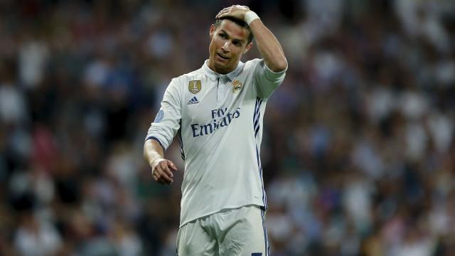 """Cristiano Ronaldo: """"Impossível ficar indiferente a esta tragédia"""""""