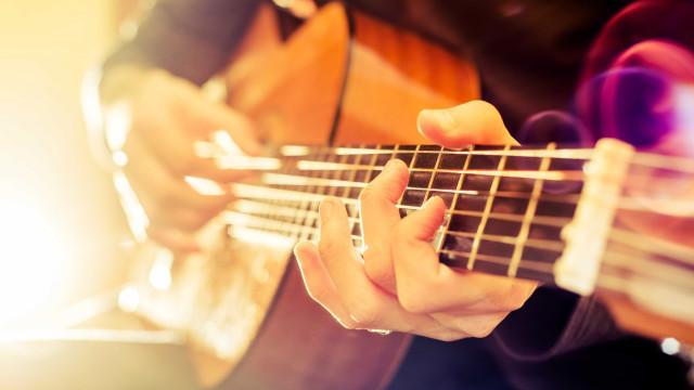 Guitarristas australiano e italiano inauguram Festival Internacional