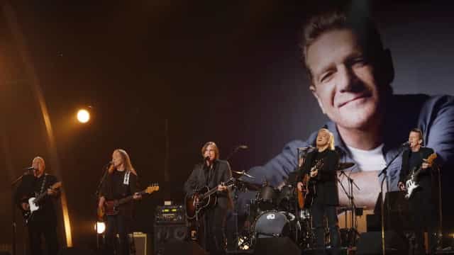 Eagles 'destronam' Michael Jackson com disco mais vendido do mundo