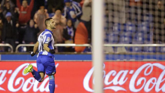 Florin Andone 'fecha porta' ao interesse do Sporting