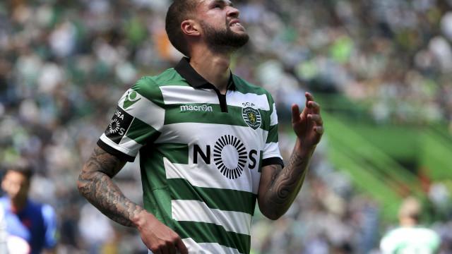 Oficial: Sporting anuncia rescisão com Castaignos