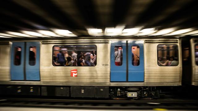 Linha Azul do Metro interrompida devido a incidente com passageiro