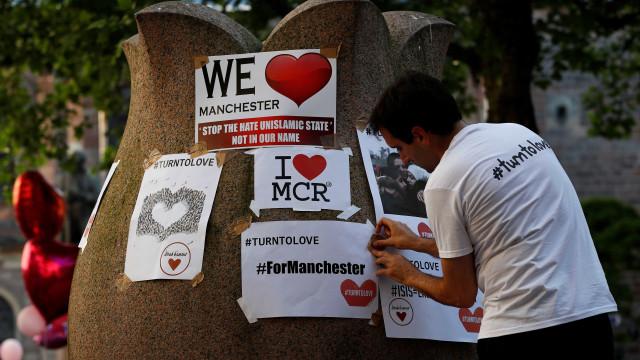 Manchester: Jovem de 24 anos detido por suspeitas de terrorismo