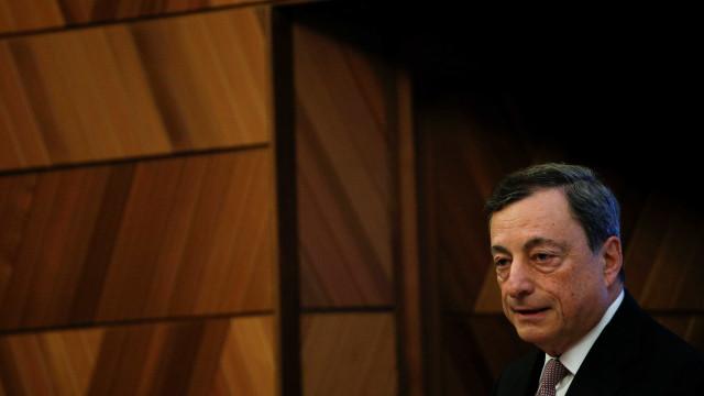 Draghi defende independência dos bancos centrais