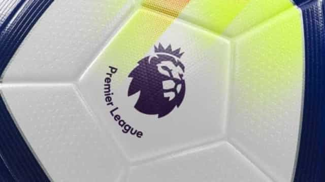 Há um português no pior 'onze' da história da Premier League