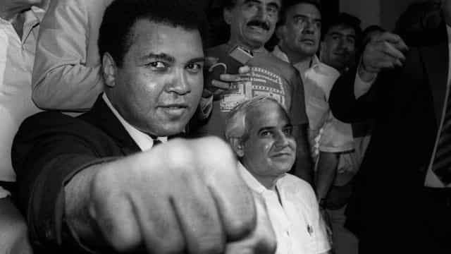 Trump admite perdoar Muhammad Ali postumamente