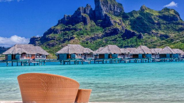 Recurso a agências para marcar férias volta a diminuir até março