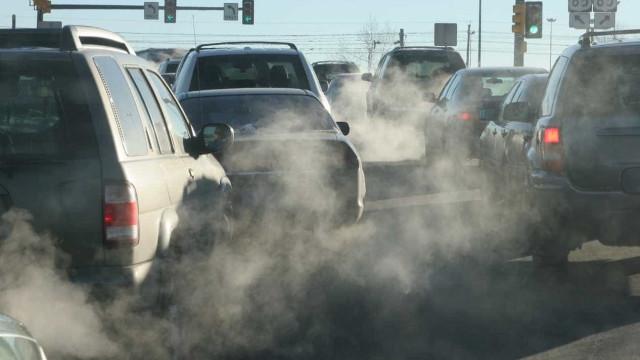 Hamburgo proibe parcialmente trânsito a veículos a diesel mais poluentes